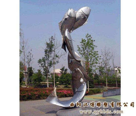 雕塑系列 商业街雕塑     名称:动物鱼雕塑    材质:玻璃钢树脂 &nbsp