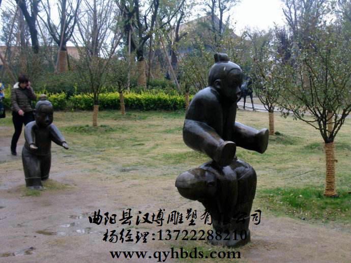 小孩人物铜雕_童趣雕塑_小品雕塑_雕塑_马雕塑_人物